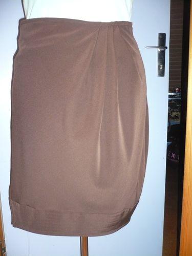 2010-11-23-jupe-choco-creme (1)
