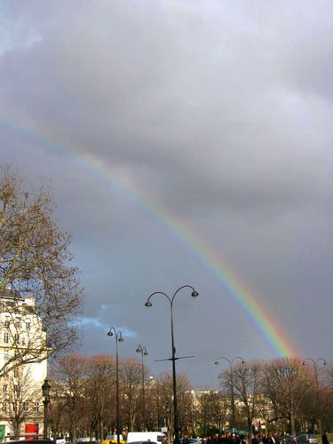 arc-en-ciel-paris-2.jpg