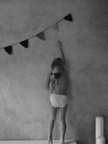 005-black-white.jpg