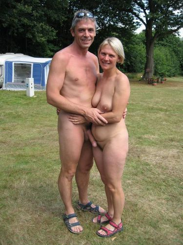 Couple naturiste amateur