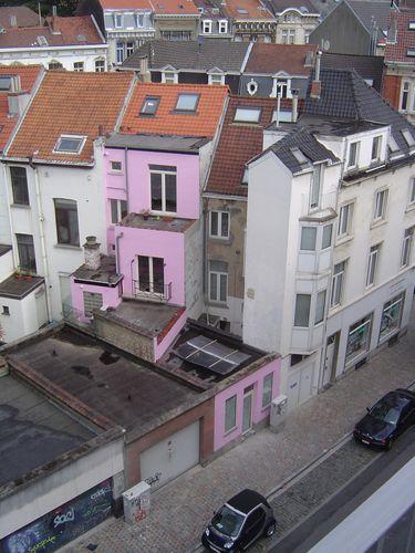 Ixelles-Bruxelles, Arrière de façade, Ajoûts