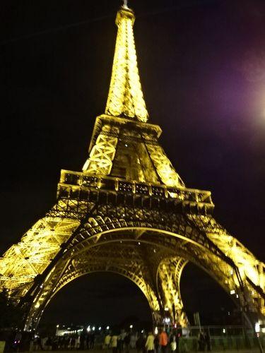 Paris-la-nuit-Tour-Eiffel6-DSC05061