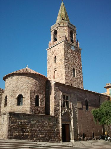 frejus-cathedrale-St-Leonce.jpg