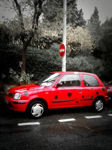 véhicule-rouge