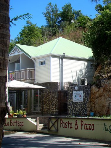 22830-ST-BARTH-Pizzeria-Carenage.jpg