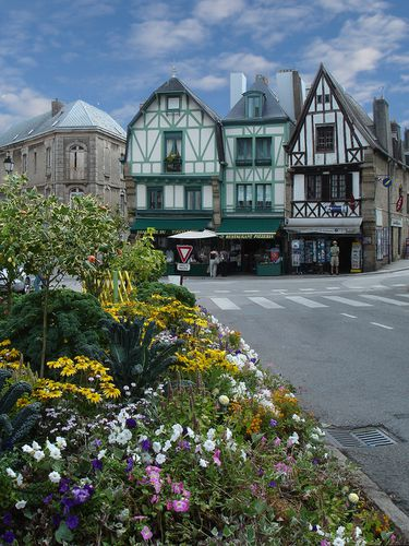 6180 AURAY colombages