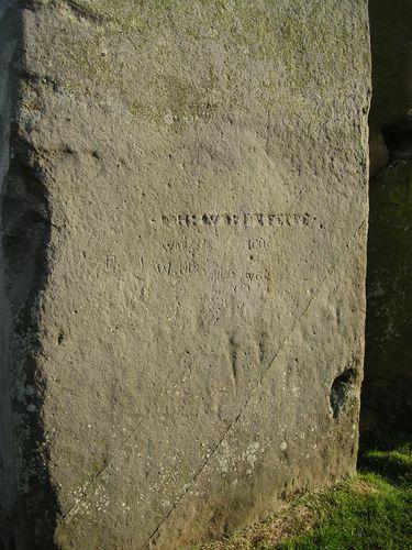 pierre gravée