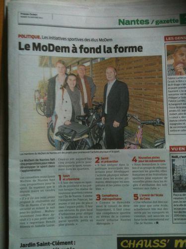 MoDem-a-fond-la-forme-Presse-Ocean-18-01-11.jpg