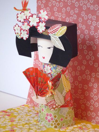 kokeshi-paper-toy-eventail.jpg