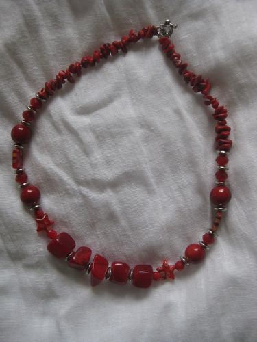 COLLIER ROUGE-copie-1