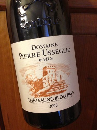 chateauneuf-du-pape-2006-usseglio.JPG