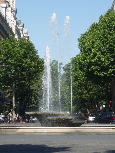Place Victor Hugo, Paris