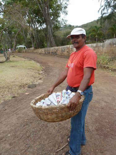 vendeur de pistaches 2