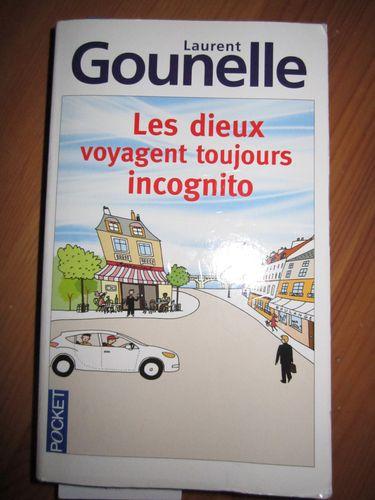 Les-Dieux-voyagent-toujours-incognito-002.jpg