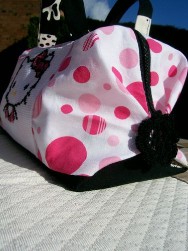 Libellule Hello Kitty sac valisette b