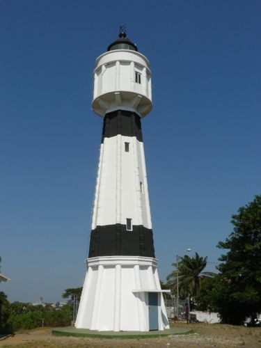 Phare-repeint