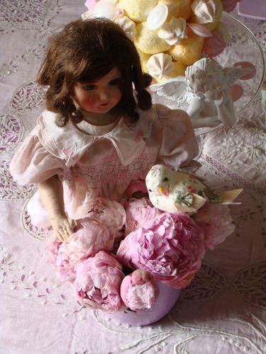 2010-04-29 table petites filles modèles - fleurs -copie-34