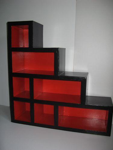 meuble escalier la petite maison des poup es. Black Bedroom Furniture Sets. Home Design Ideas