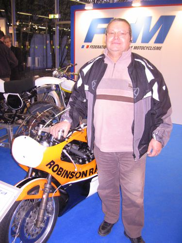 Salon-Moto-Legende-2011 4027-copie-1