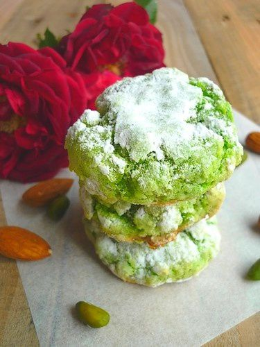 Amaretti Pistache ou comment recycler des macarons-copie-1