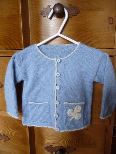 cardigan-a-poche-layette-droguerie.jpg