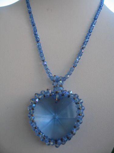 coeur bleu saphir