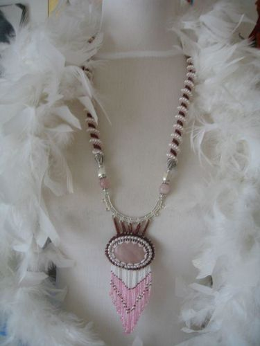 collier-quartz-rose.jpg