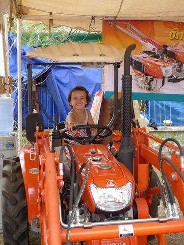 337-Vientiane Thaltlung Tracteur