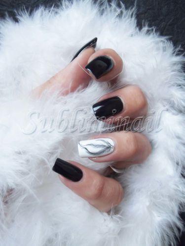 Nail art plume 1