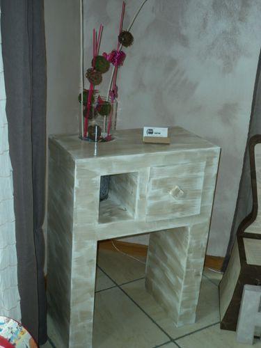 une console originale histoiredecarton cr ation et vente de meubles et objets en carton. Black Bedroom Furniture Sets. Home Design Ideas