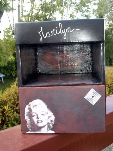 2011-10-10 chevet en carton (3)