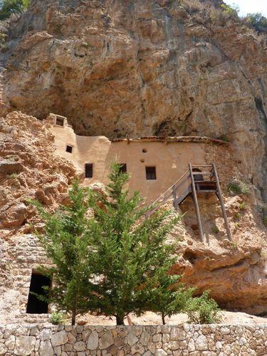 liban-qadisha-monastere-qozhaya-img.jpg