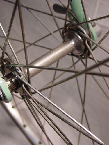 RR-Moyeu-roue-AV-Bianchi-54.jpg