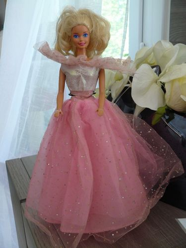 Twinkle-lights-barbie1993.jpg