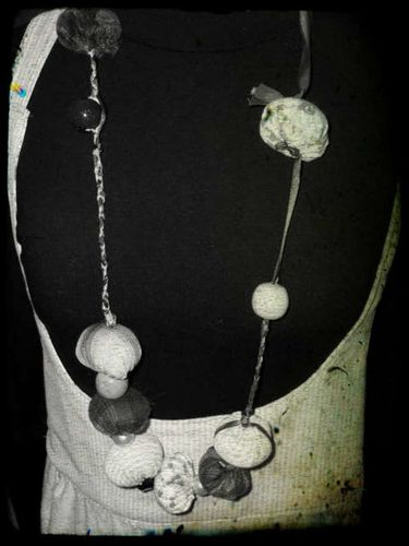 collier boules II2 PhotoRedukto