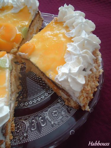 Gateau-Peches-Chantilly.jpg