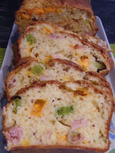 cake-poireau-bacon-mimolette.JPG