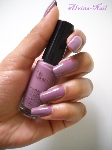 yves-rocher-mauve-poudre-23-5-Alvina-Nail.png