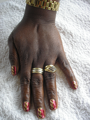 mother-rouge-et-or--Alvina-Nail.png