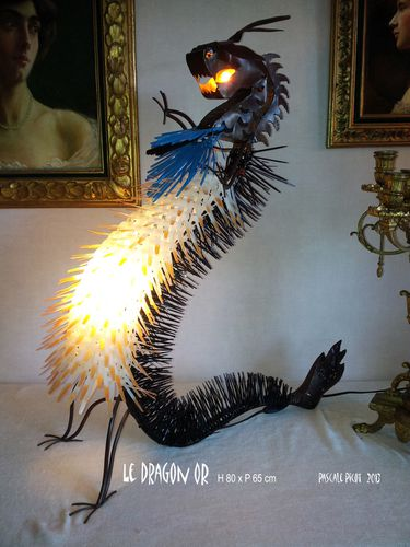 luminaires-le-dragon-or-oeuvres-originales-p-6340851-le-dra.jpg