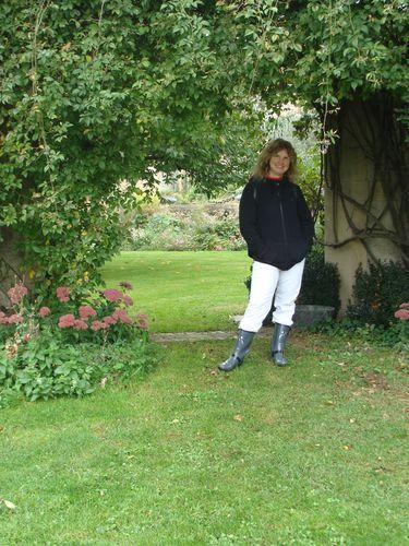 Chez mme Tamarra (jardin Anglais)