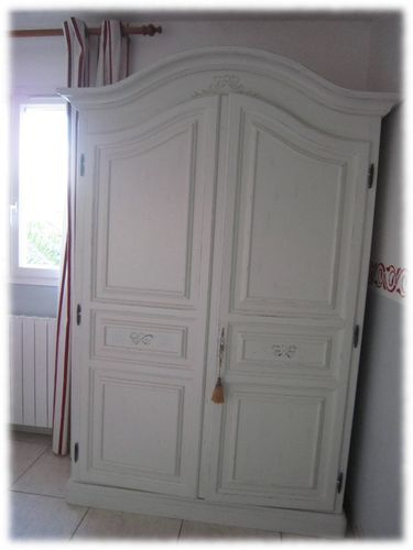 relooking d 39 armoire en effet shabby avec el onore d co el onore d co h rault. Black Bedroom Furniture Sets. Home Design Ideas