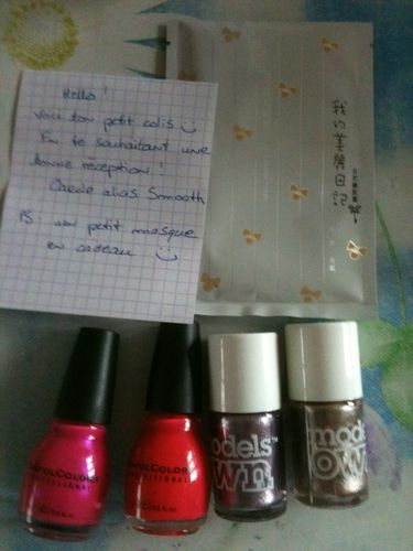 ongles-et-colis-achats-fin-avril-030.JPG