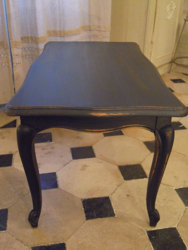 table basse style louis xv patin e et vieillie l 39 ancienne noir patine et gaufre blog. Black Bedroom Furniture Sets. Home Design Ideas