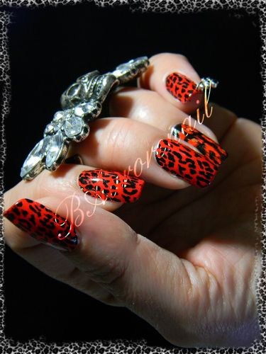 nail patch pimkie leopard rouge 5