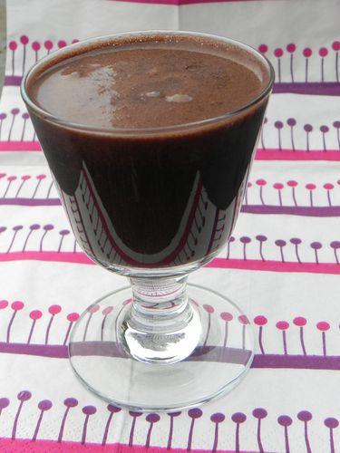 Panna-cotta-chocolat--coeur-myrtille.JPG