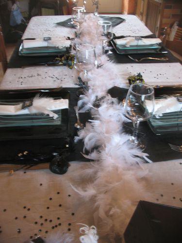 table-noir-et-blanc--plumes-et-esprit-baroque-022.jpg