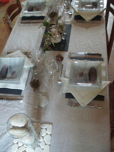Table galets et ardoise 019