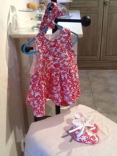 robe 3 mois avec bandeau et chaussons3