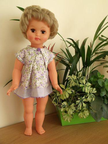 Petitcollin---poupee-Beatrice-en-salopette-d-apr-copie-1.jpg